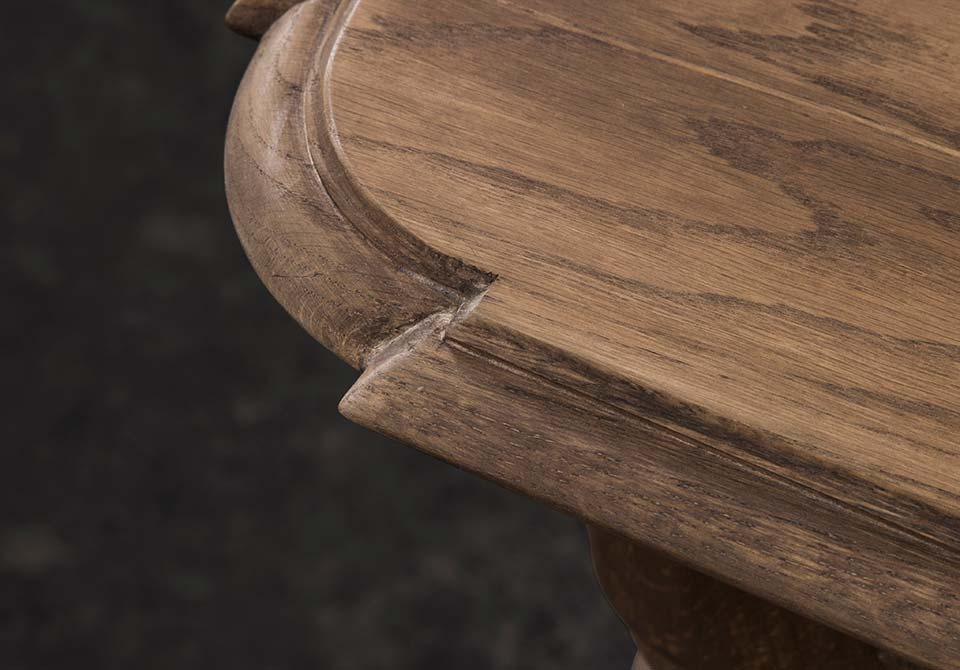 Detailing of King Dining Table
