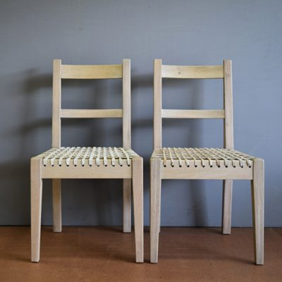 CHAIRS & CARVERS